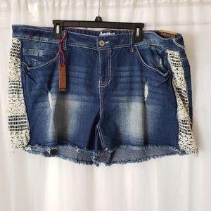 Amethyst Distressed Denim Shorts Size 24 NWT